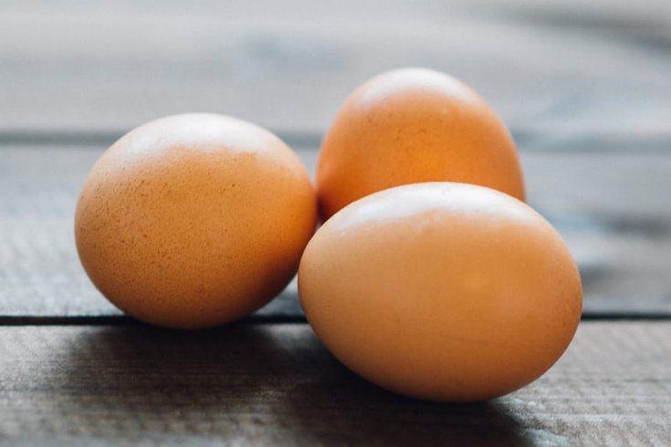 Ăn trứng sống có tốt không?