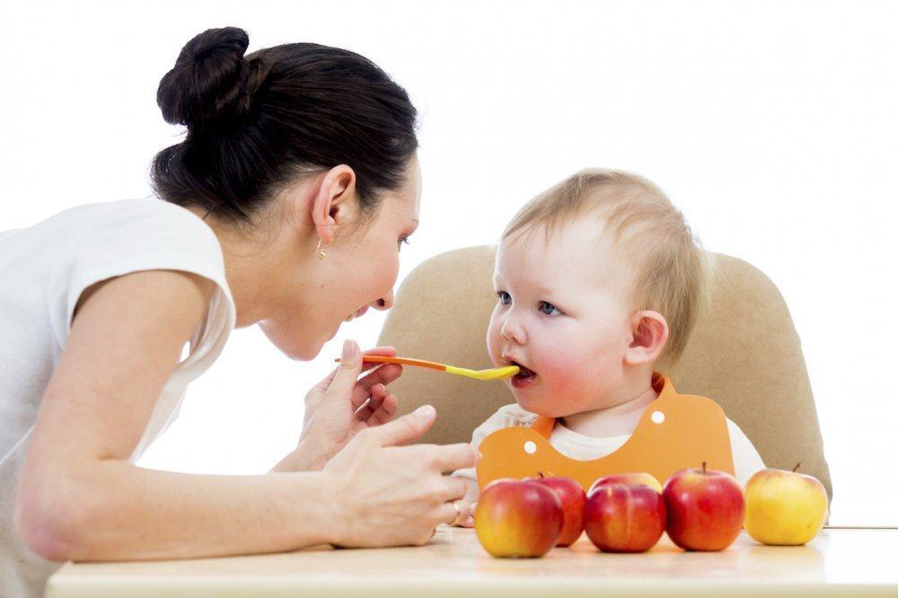 4 nguyên tắc vàng khi cho trẻ ăn dặm