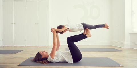 Vận động sẽ giúp thể chất trẻ phát triển tốt hơn
