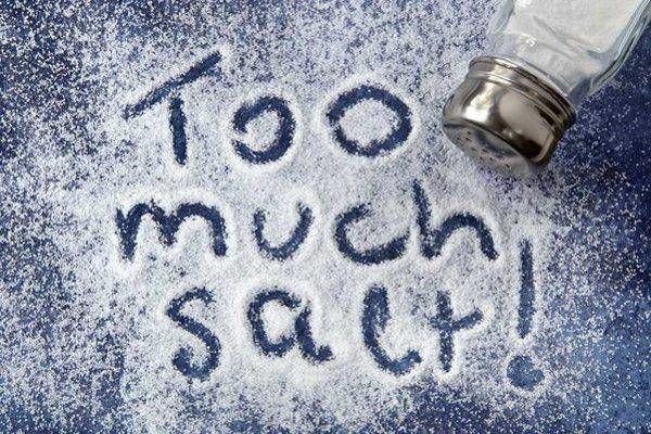 Ăn mặn có hại không? Lượng muối nên ăn một ngày là bao nhiêu?