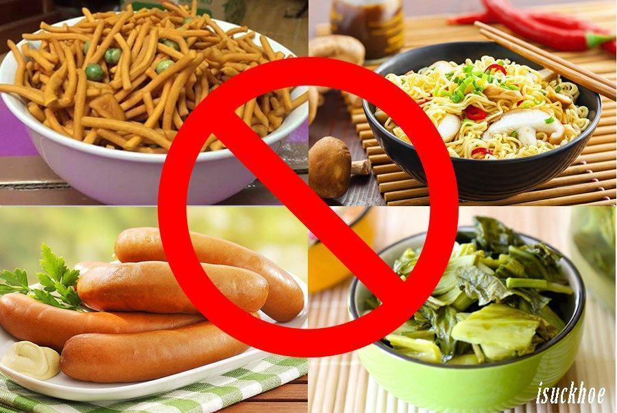 Top 7 thực phẩm chứa nhiều muối bạn nên hạn chế ăn