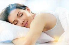 Thực phẩm có ngay tại nhà giúp bạn ngủ ngon hơn