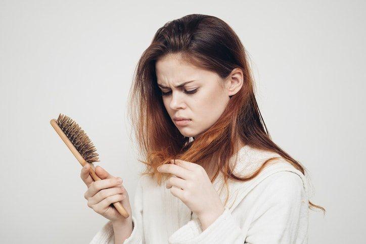 Giải quyết hiện tượng rụng tóc sau sinh