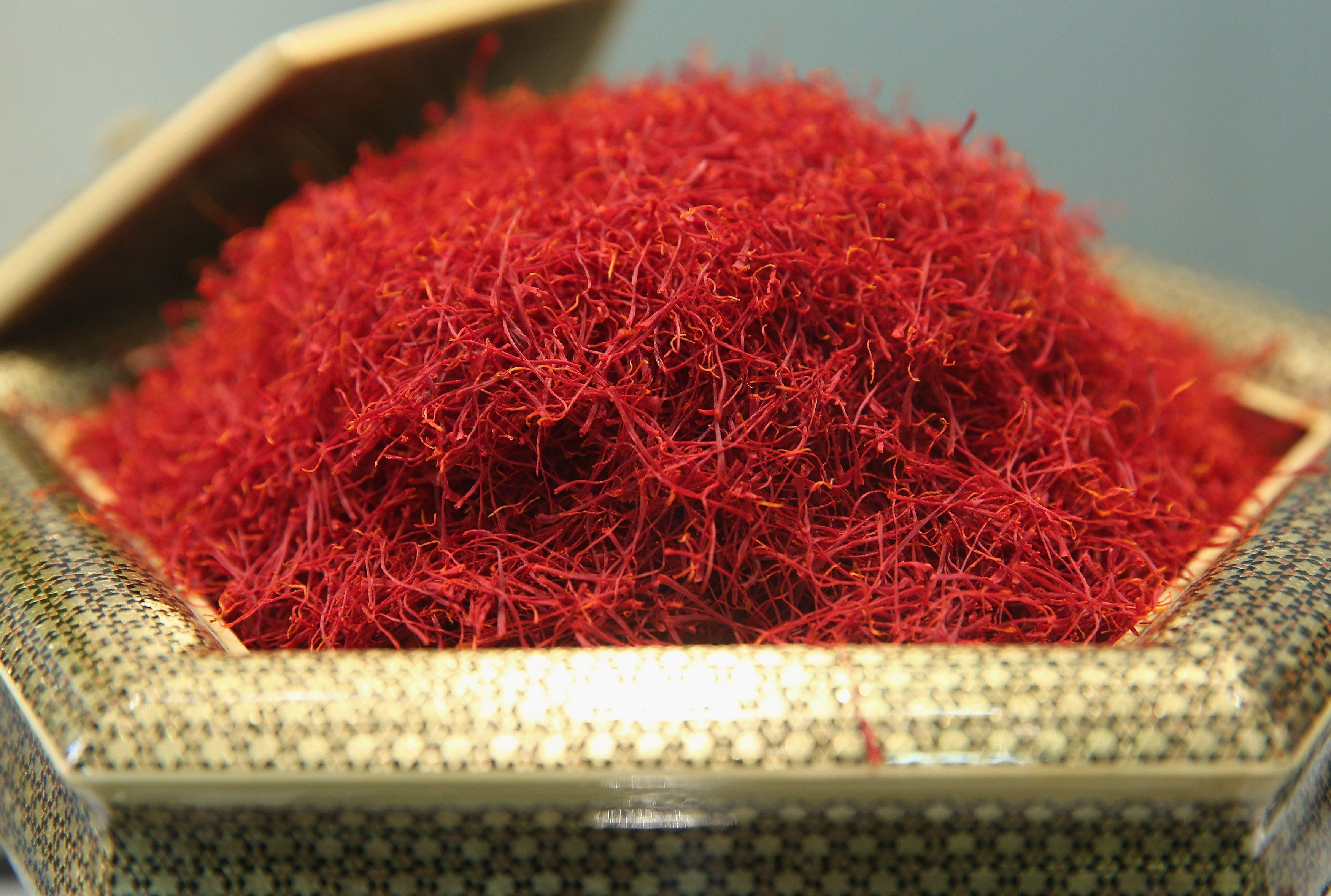 Saffron- thần dược vàng đỏ của Iran