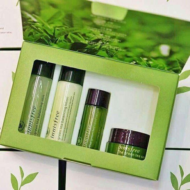 Bo-duong-da-tra-xanh-innisfree-green-tea-balancing-special-kit