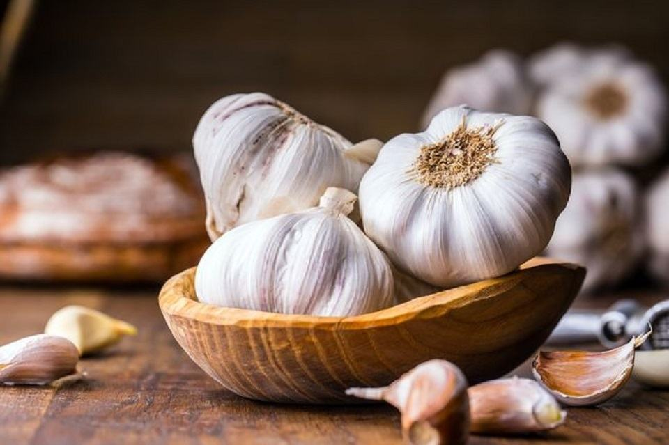 Tỏi là một trong những thực phẩm/gia vị chứa các hoạt chất đặc biệt giúp tăng cường miễn dịch