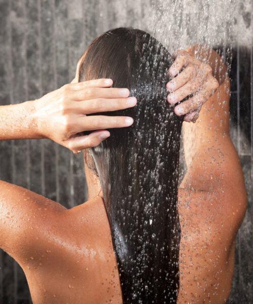 mẹo chăm sóc tóc giúp mái tóc chắc khỏe, suôn mượt